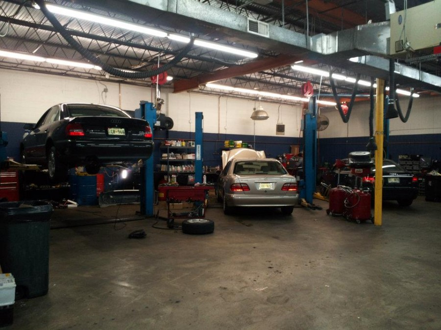Mercedes benz repair by mb automotive services in for Mercedes benz repair shops