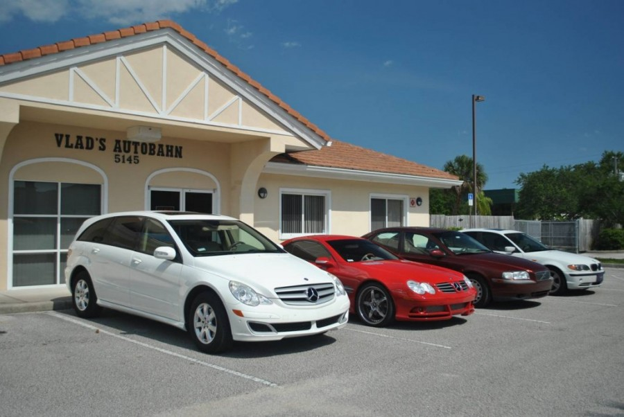 Mercedes benz repair by vlad 39 s autobahn in melbourne fl for Mercedes benz hours of operation