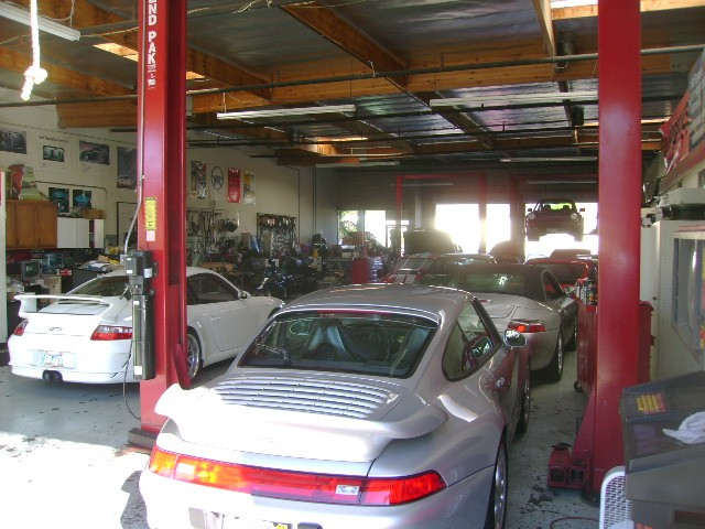 European Motorsports is a full service, German auto repair & maintenance facility. We can repair & maintain your Porsche, Mercedes Benz, BMW, Audi, Volkswagen and Mini Cooper.
