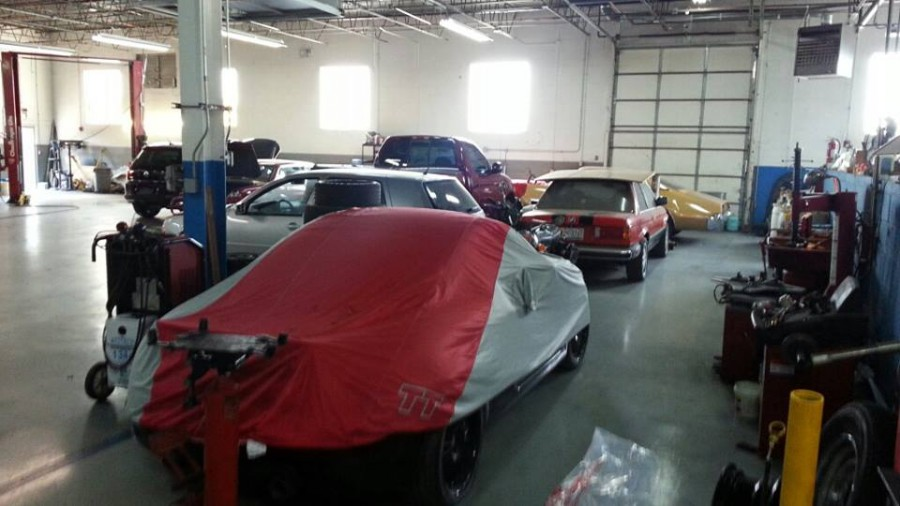 Mercedes benz repair by auto cars imports in northbrook for Mercedes benz mechanic shop
